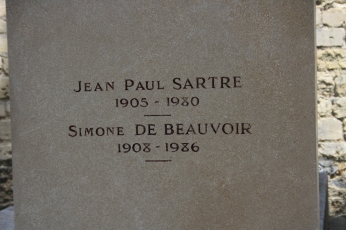Jean Paul Sartre et simone De Beauvoir.