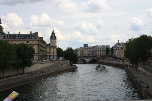 PARIS JUIN 2009